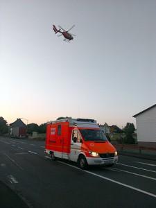 Krankenwagen_Hubschrauber_unfall_kohlberg
