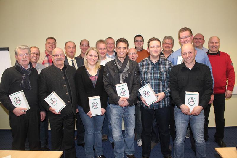 Einige Teilnehmer der vergangenen Bezirkssitzung