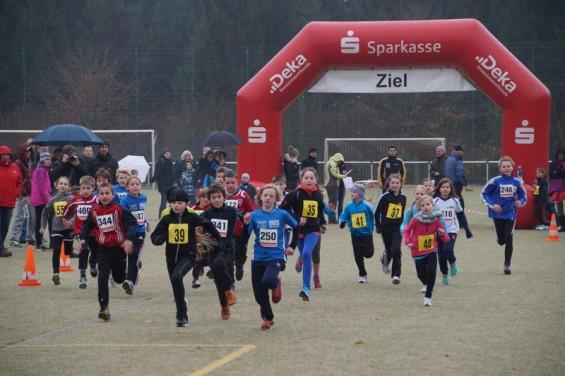 Start Kinder beim Herbst-Crosslauf 2013
