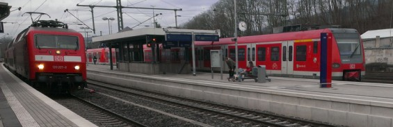 Bahnhof_Bahn_Au_Sieg