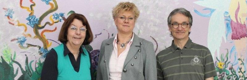 von links: Schulleiterin Depiereux, Konrektorin Arzdorf, 2. Konrektor Samans - Bild: Realschule Herchen