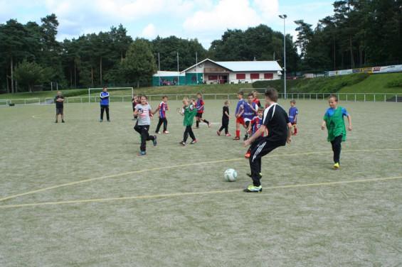 Fussball Feriencamp Niederhausen Trainingsspiele