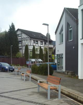 Ortsmöblierung auf dem Marktplatz Niedecke