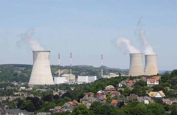 Kernkraftwerk Tihange - Bild: Hullie (CC BY-SA 3.0)