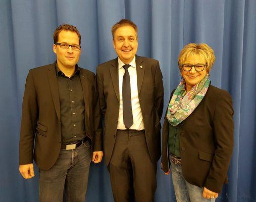 Bürgermeister Hans-Christian Lehmann (Mitte) mit seinen zwei Stellvertretern Ulrike Kachel und Daniel Stenger