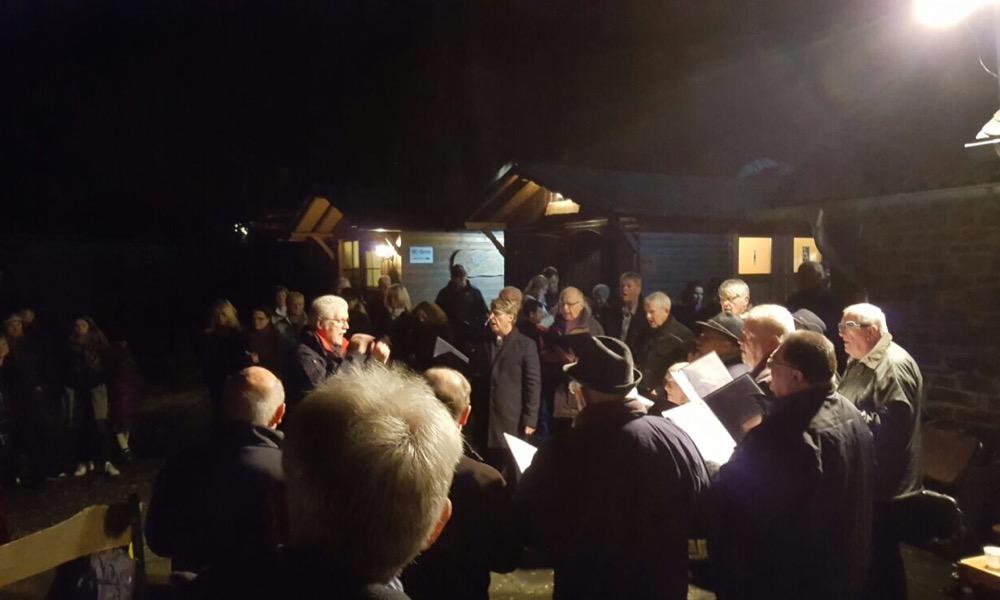 Der MGV Opsen/ Opperzau sang traditionelle Weihnachtslieder